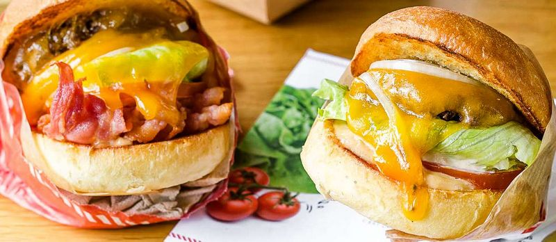 restaurant burger & fries Paris